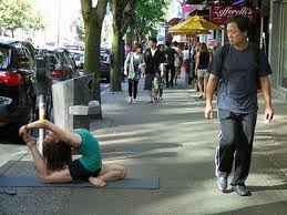 street-yoga